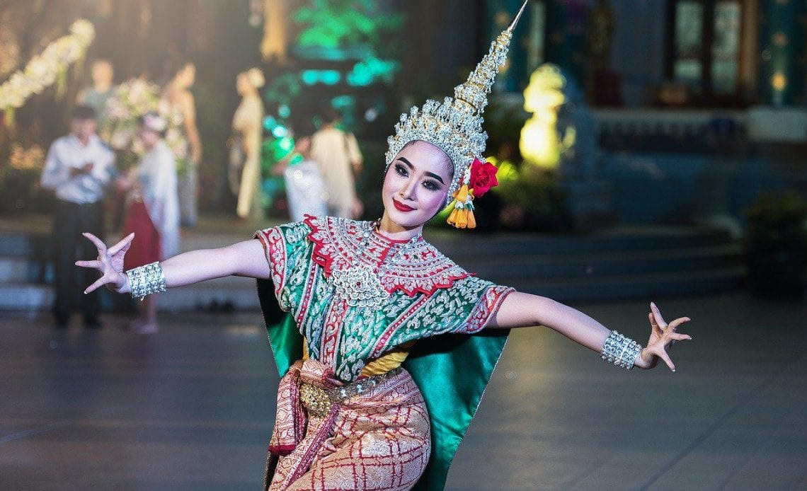 Six national costumes from around the world